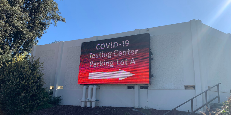 Electronic Billboard at Cal State East Bay Indicating the new location of the COVID-19 Testing Site