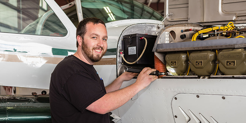 Plane Mechanic